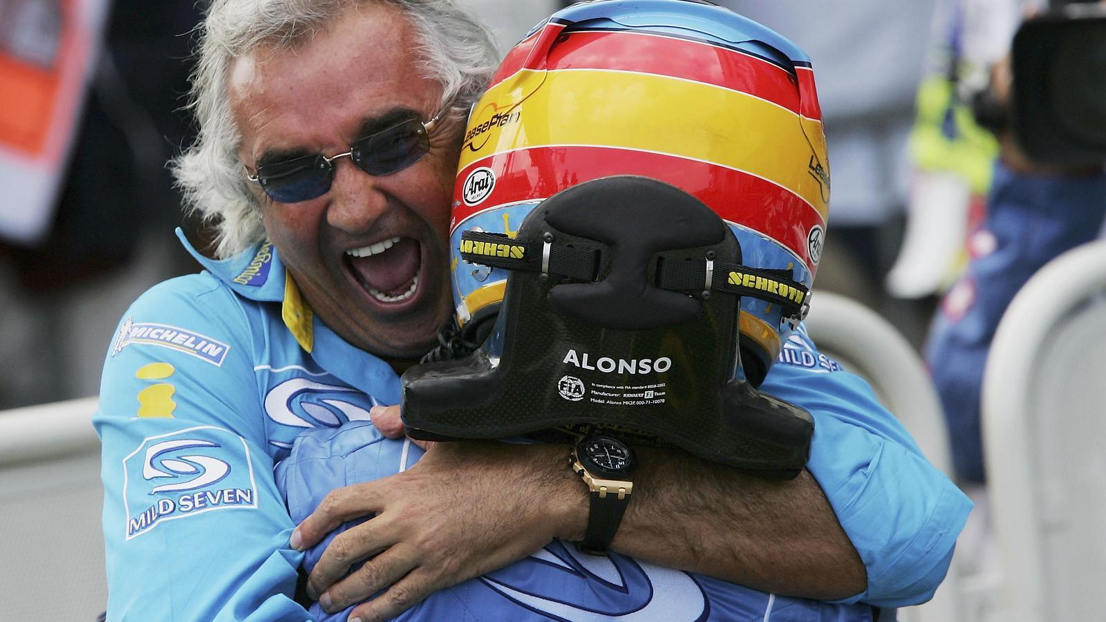 Flavio Briatore i el pilot espanyol de Fórmula 1, Fernando Alonso, en una imatge de l'any 2005