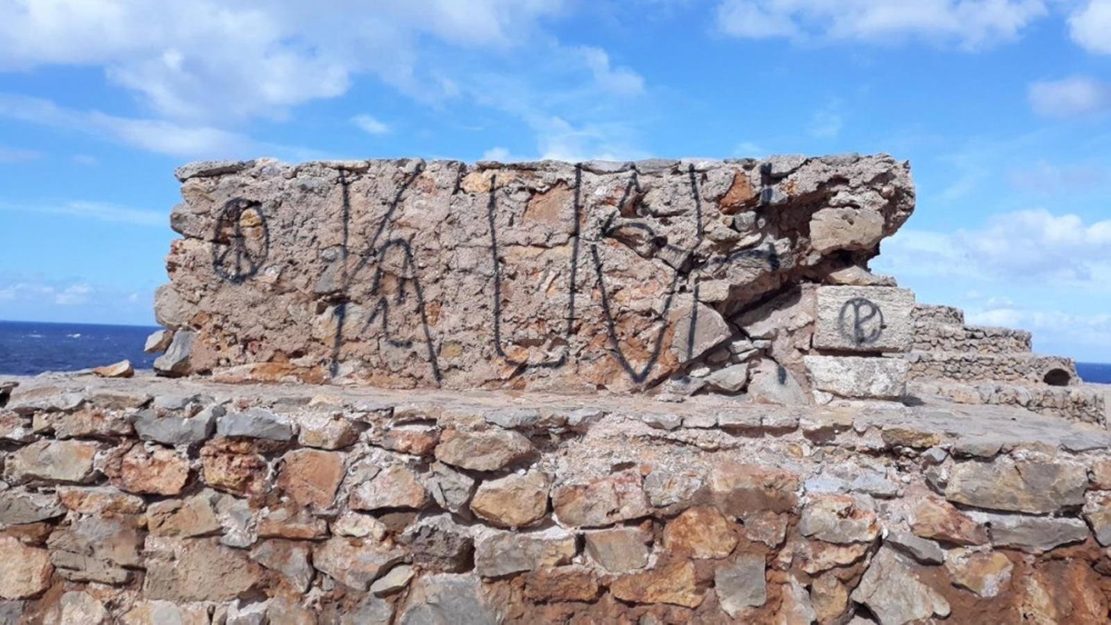 Sense marge per recuperar-se de les pintades a la Naveta ahir la zona afectada va ser Punta Nati.
