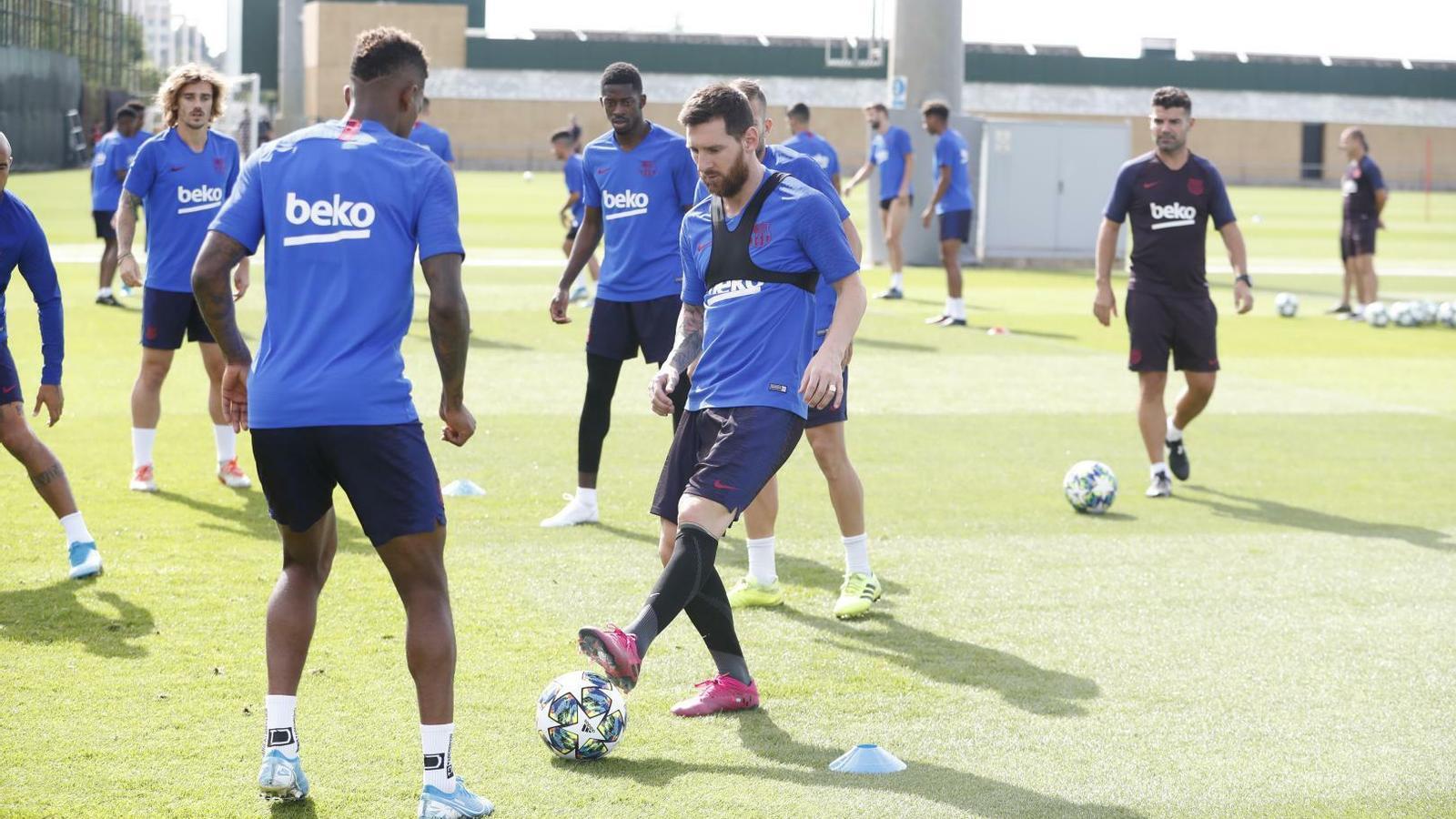 Messi entrena amb el grup i podria viatjar a Dortmund