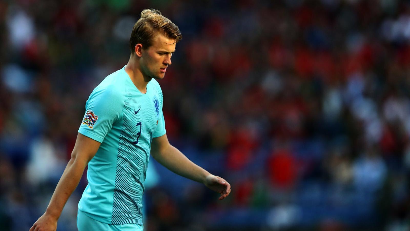 De Ligt posa a prova la paciència del Barça