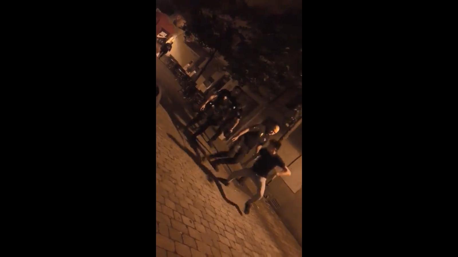 """Un grup de policies locals de Portocristo agredeixen un menor al crit de """"Ven aquí, maricón"""""""