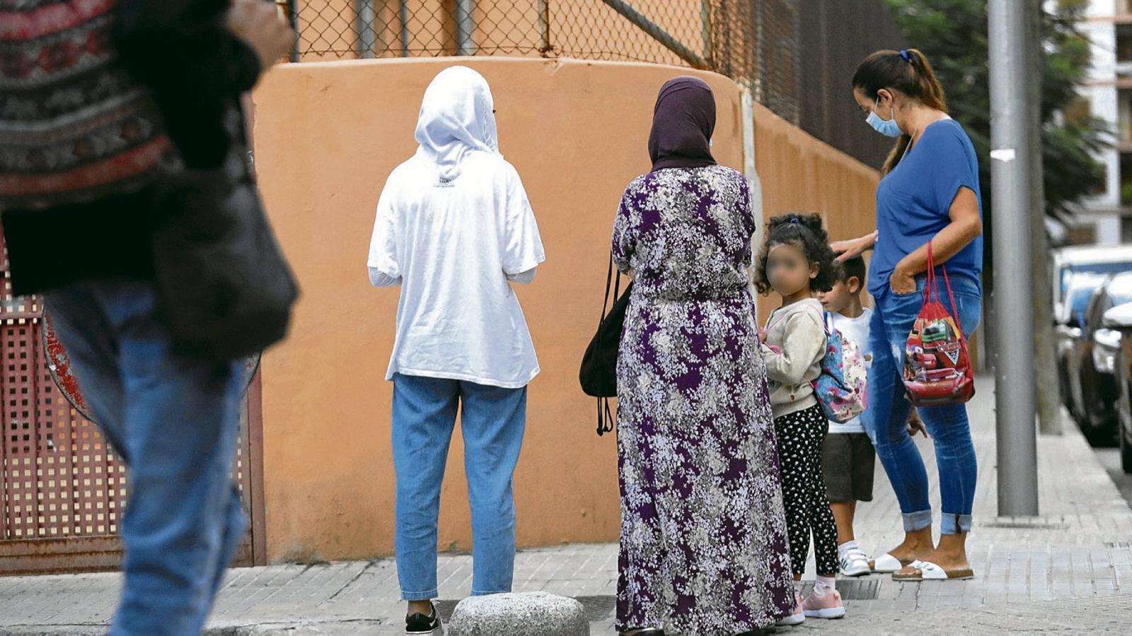 El coronavirus atura l'entrada de l'islam a l'escola