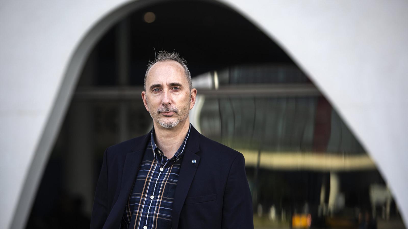 """Murray Cox: """"El 58% dels amfitrions d'Airbnb a Barcelona tenen més d'un apartament"""""""