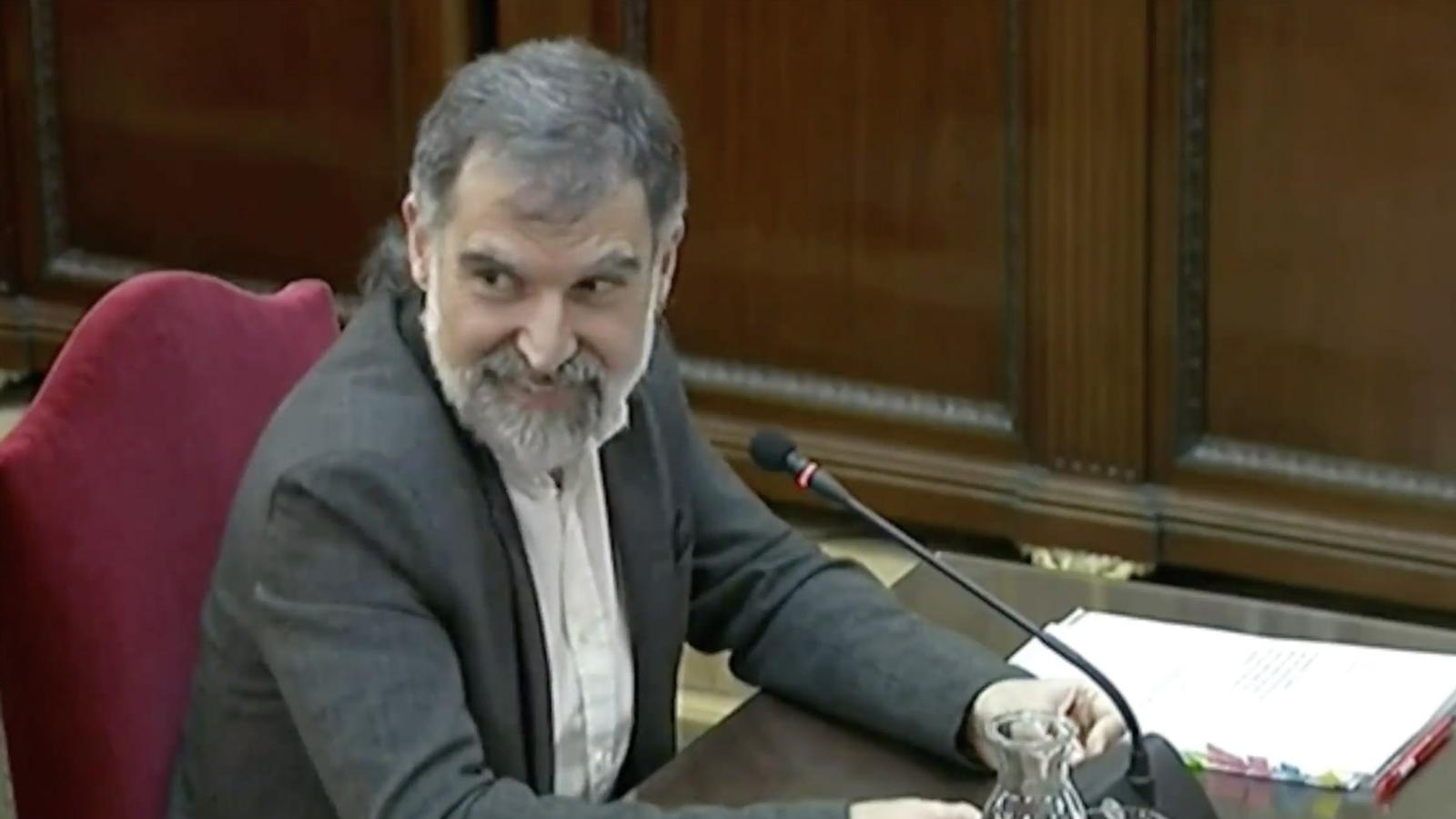 L'anàlisi d'Antoni Bassas: 'El tsunami espanyol ens agafarà mirant el judici per la tele'