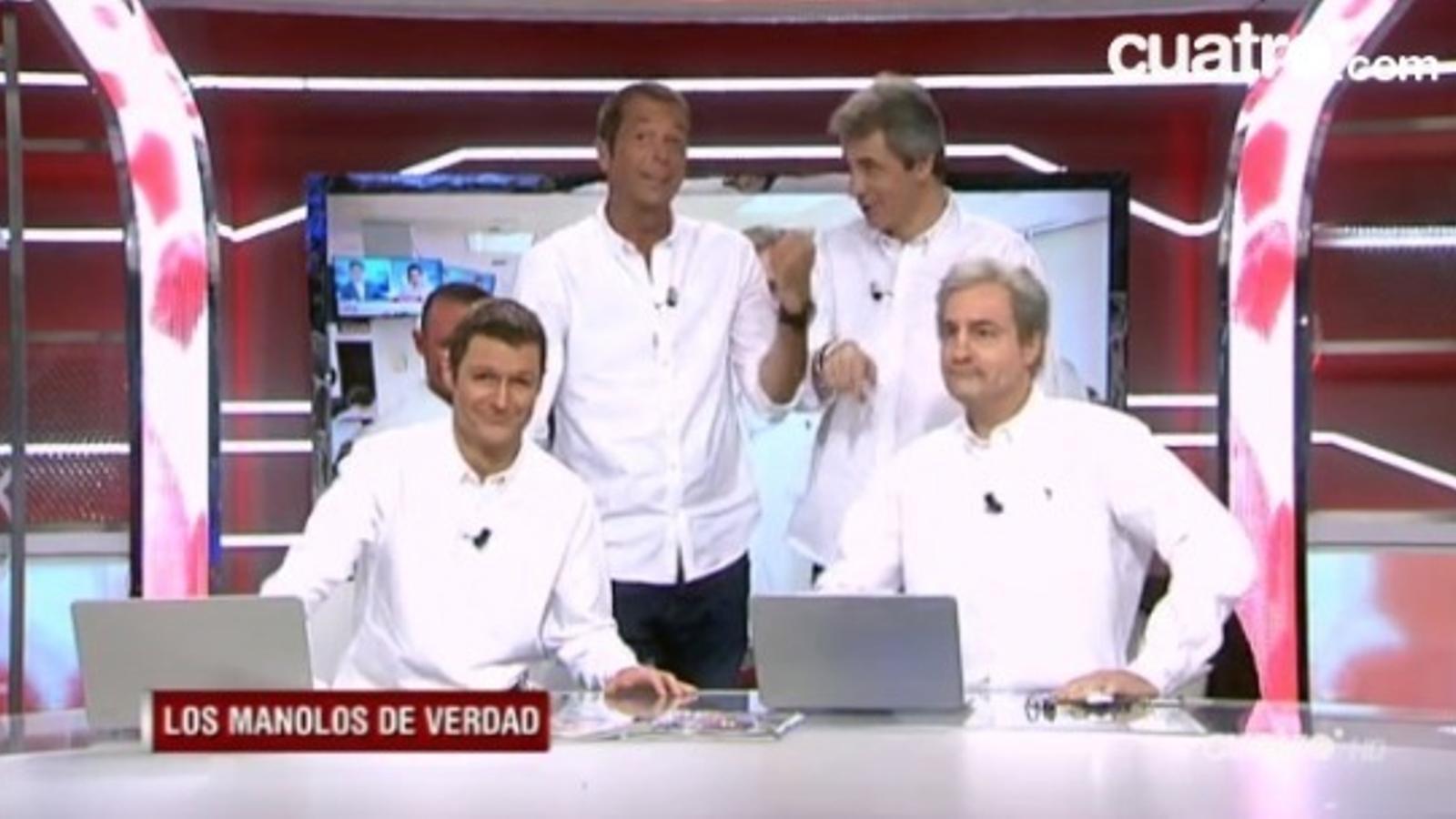 Els Manolos del 'Crackòvia' visiten els de debò en directe a 'Deportes Cuatro'