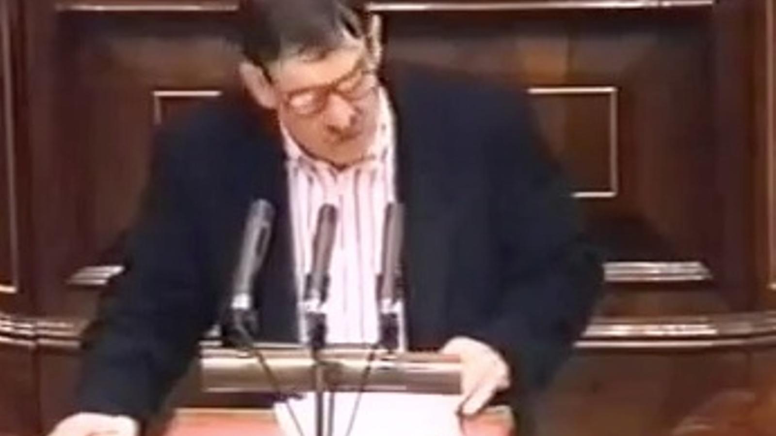 Jon Idigoras, fa 15 anys: Treguin les seves mans brutes d'Euskal Herria