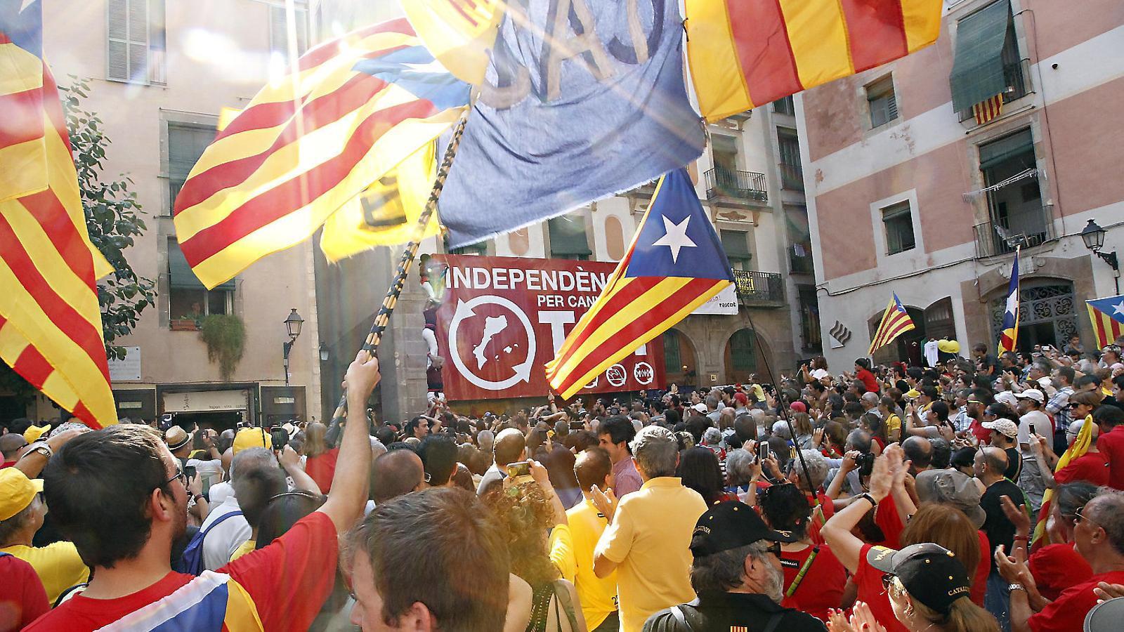 Manifestació durant la Diada de Catalunya a la plaça del Fossar de les Moreres de Barcelona, on l'esquerra independentista es mobilitza cada 11 de setembre a favor de l'alliberament nacional dels Països Catalans. / XAVIER BERTRAL