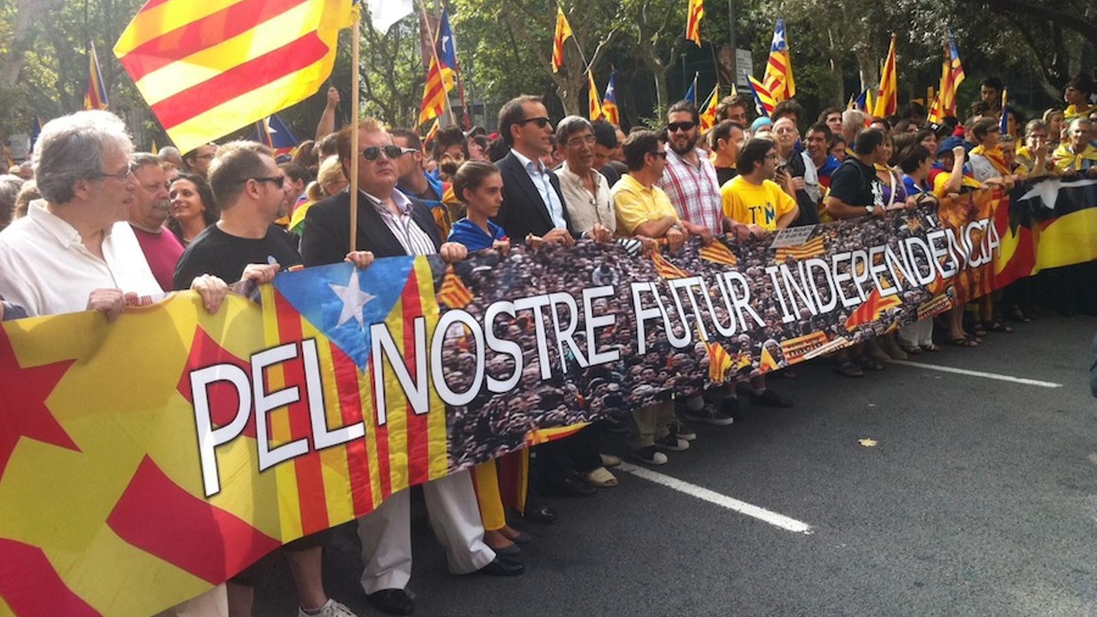 La capçalera de la manifestació independentista del 9-J / O.M.
