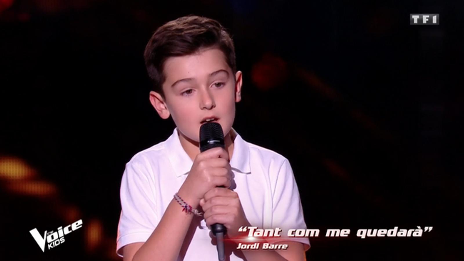 Un nen cantant en català causa sensació al 'Voice kids' francès