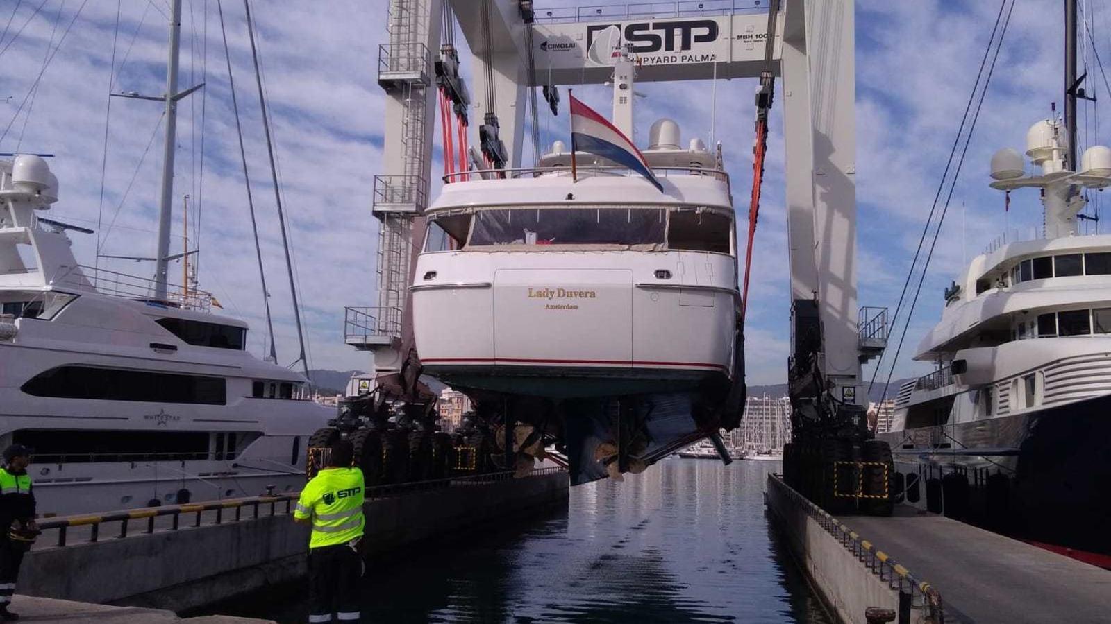Bona part de a indústria balear de manteniment nàutic es situa al Port de Palma.