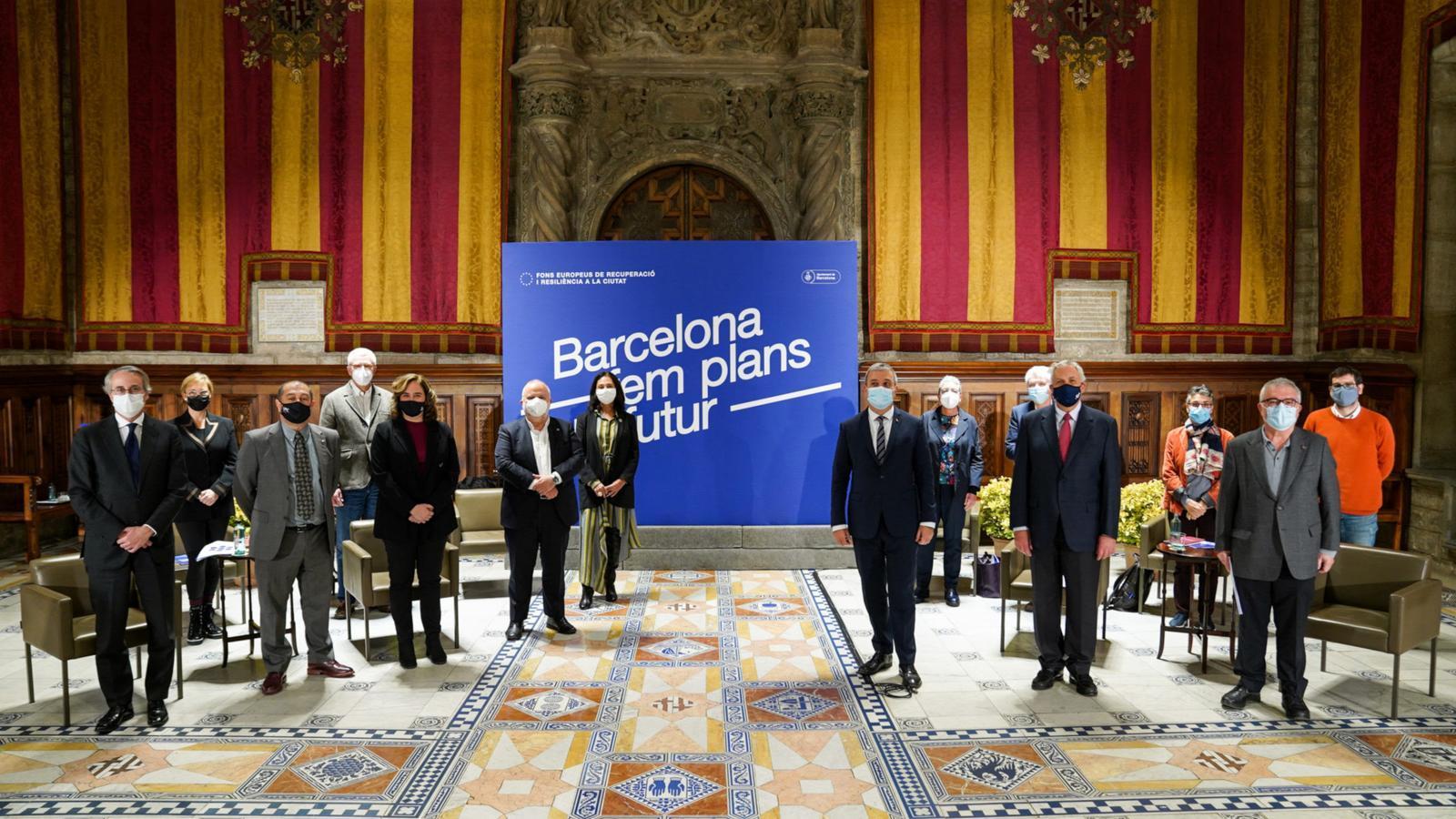 Presentació de l'estratègia per optar als fons europeus en un acte solemne al Saló de Cent de l'Ajuntament de Barcelpna