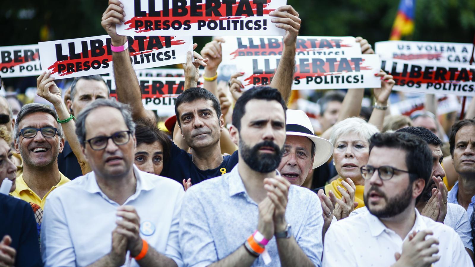 L'anàlisi d'Antoni Bassas: 'Demanar sacrificis a la gent'