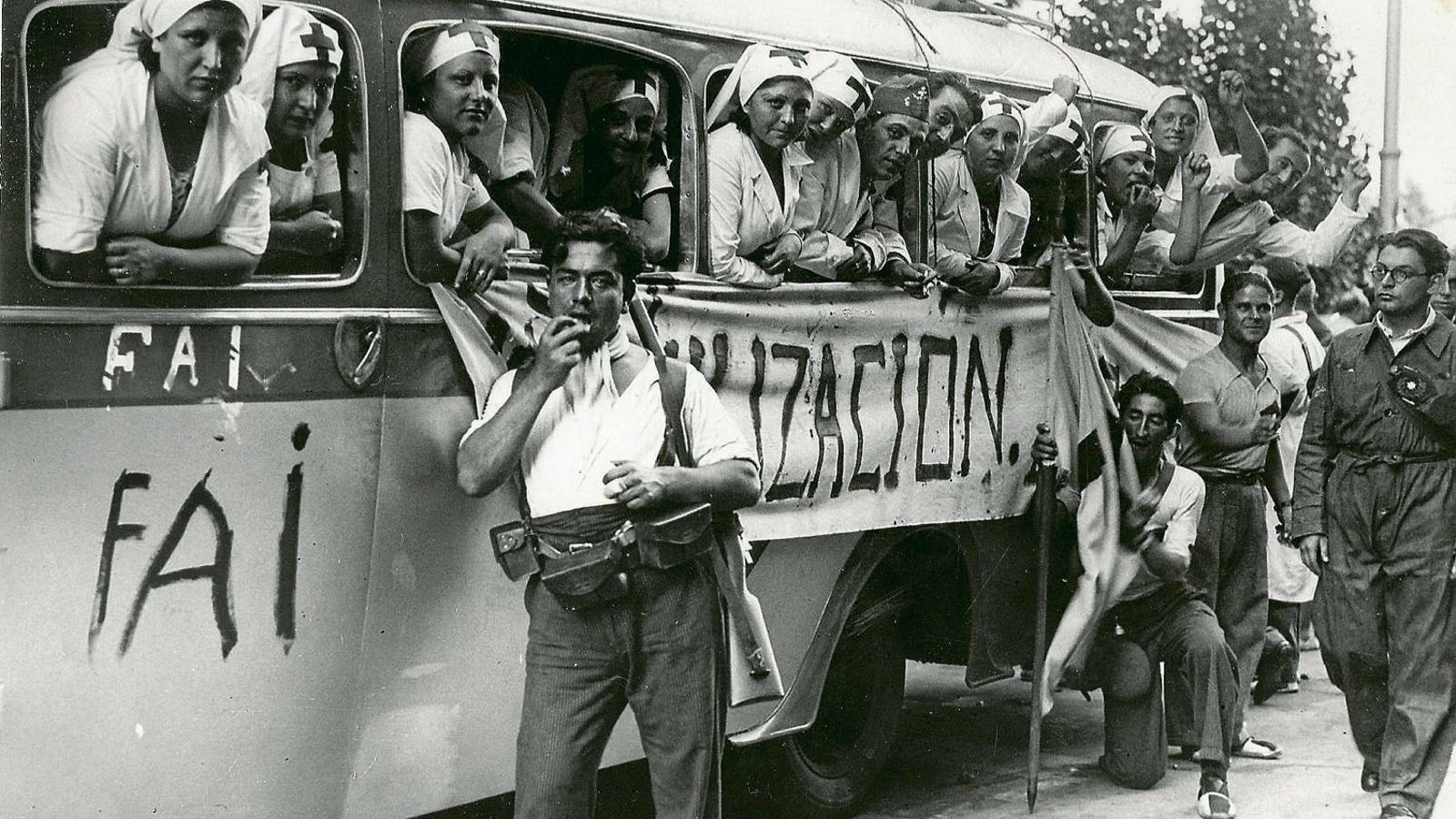 Els reporters que Franco va castigar amb l'oblit