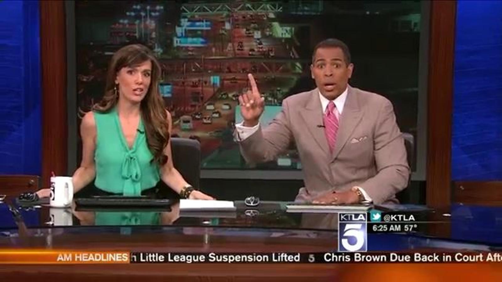 Un terratrèmol de 4,4 graus provoca un ensurt als presentadors d'un canal de notícies a Los Ángeles