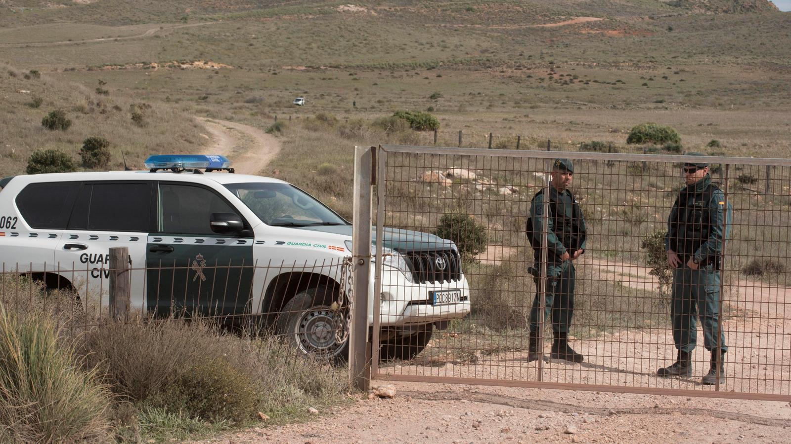 La Guàrdia Civil torna a inspeccionar la finca on la detinguda hauria amagat el cos del nen