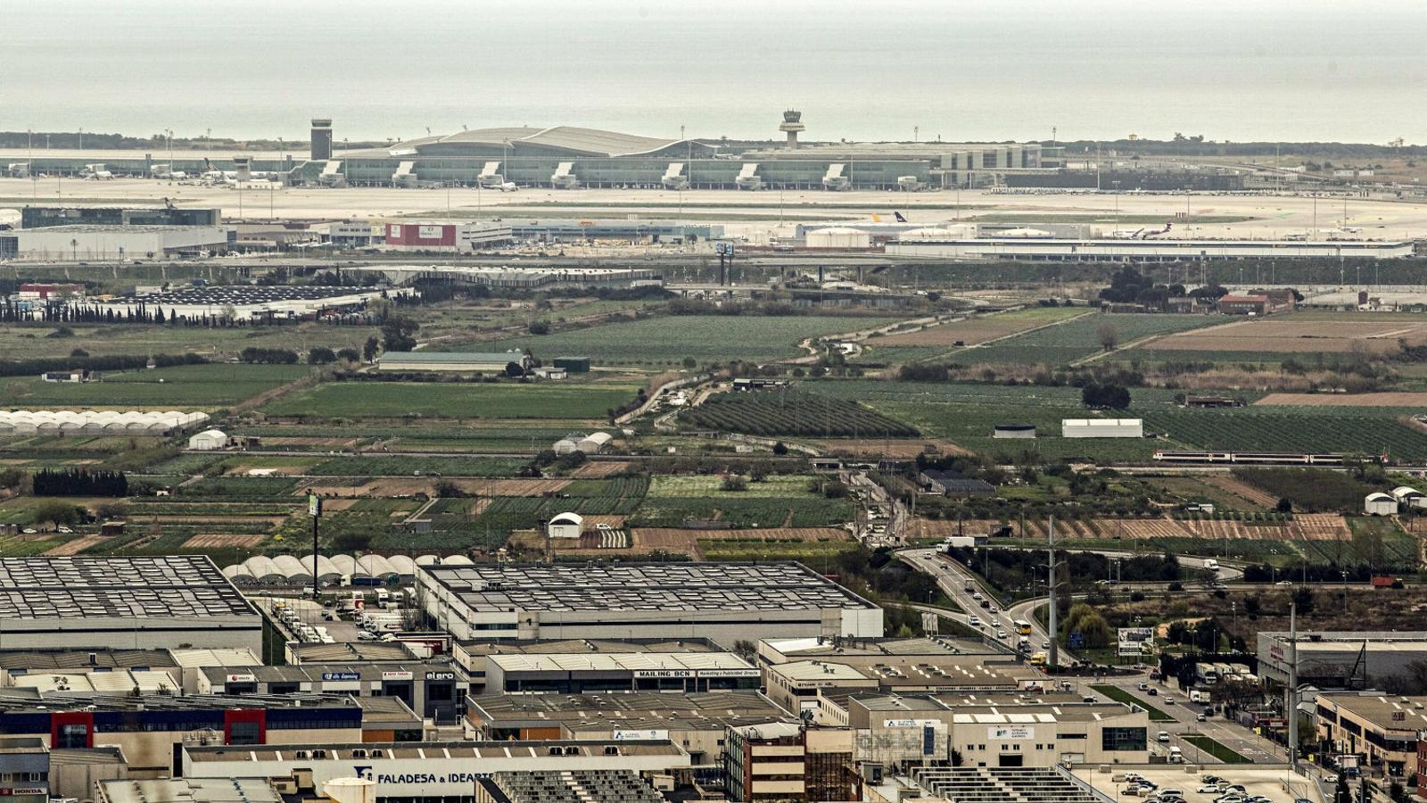 L'ampliació de l'aeroport reactiva les protestes de veïns i ecologistes