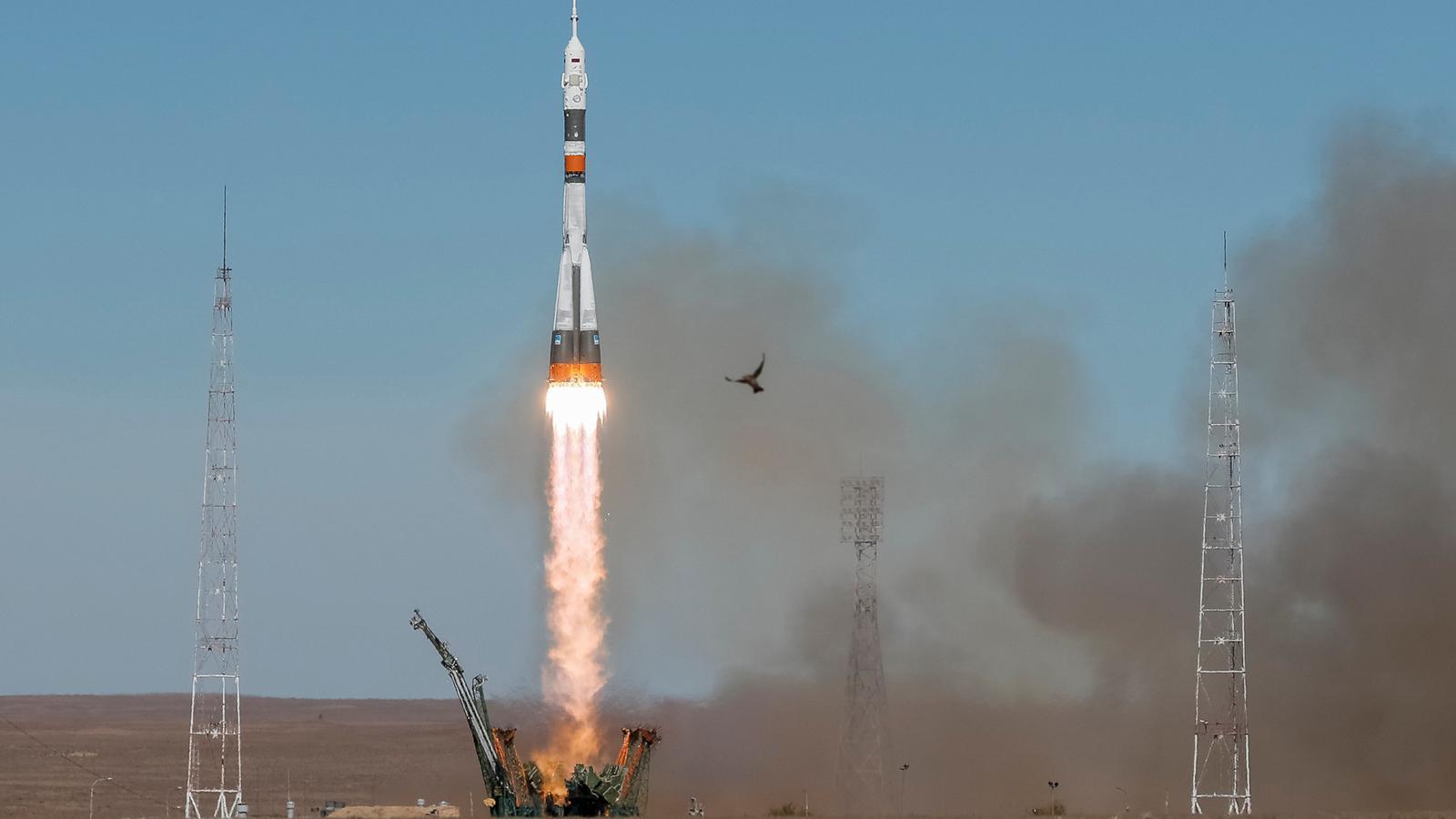 Moment de l'enlairament de la nau espacial Soyuz.