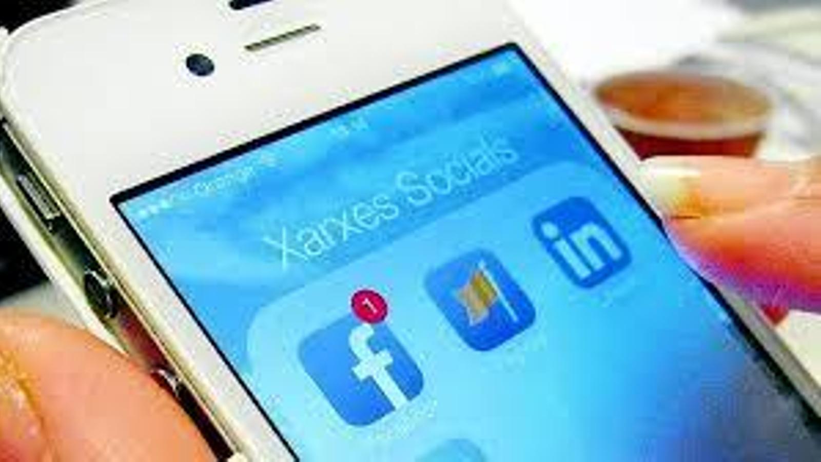 El Govern organitza tallers d'instagram per a garantir la seguretat dels usuaris