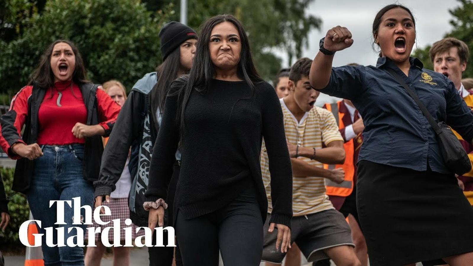 Haka en memòria de les víctimes del tiroteig contra dues mesquites de Christchurch