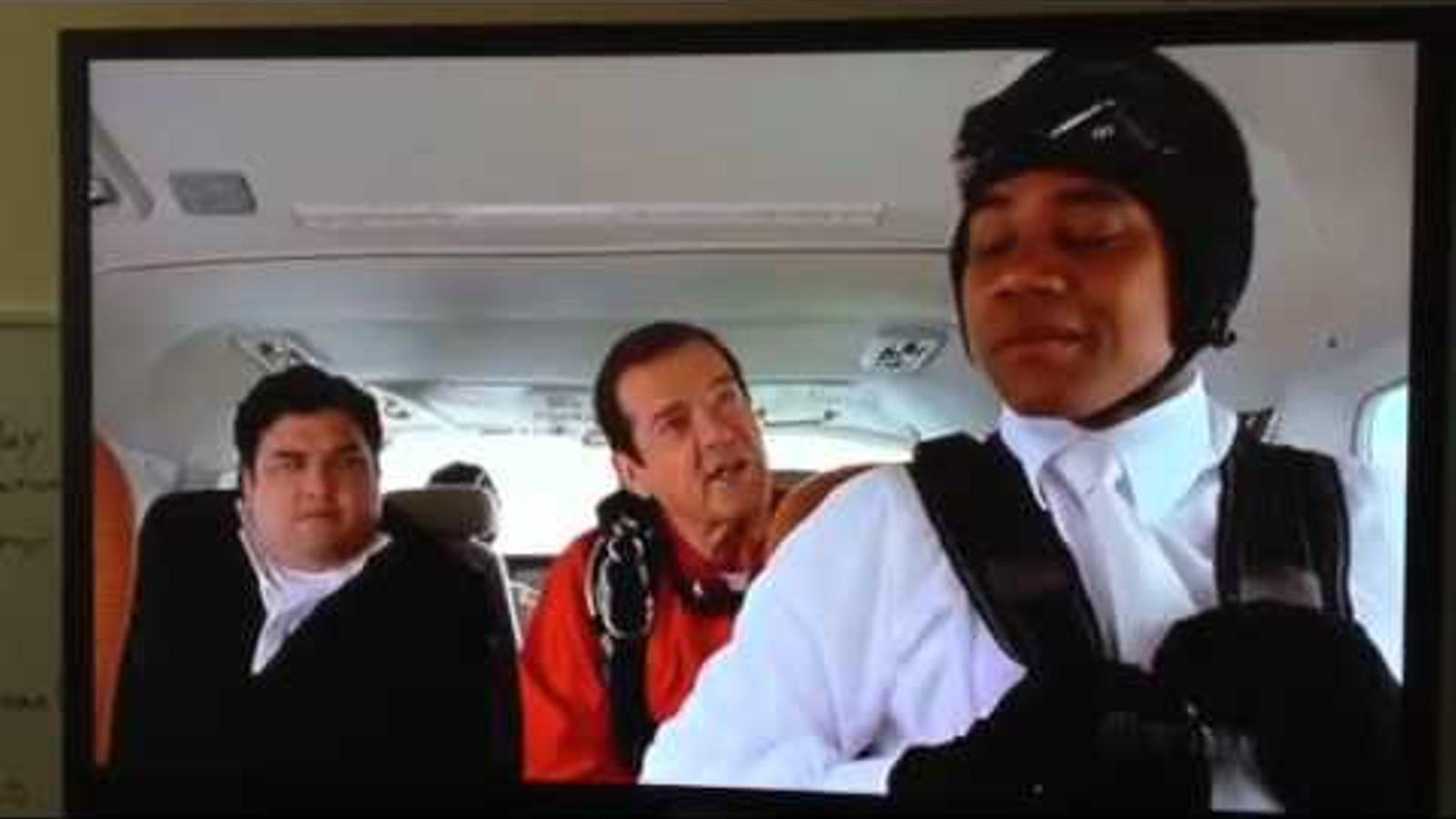 Roger Moore a 'Boat trip'