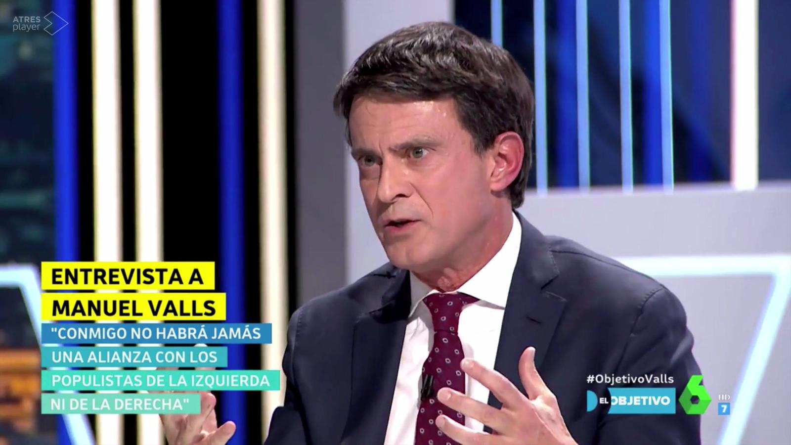 """Valls assegura que hi ha veïns de Barcelona que """"ho passen malament"""" quan parlen castellà"""