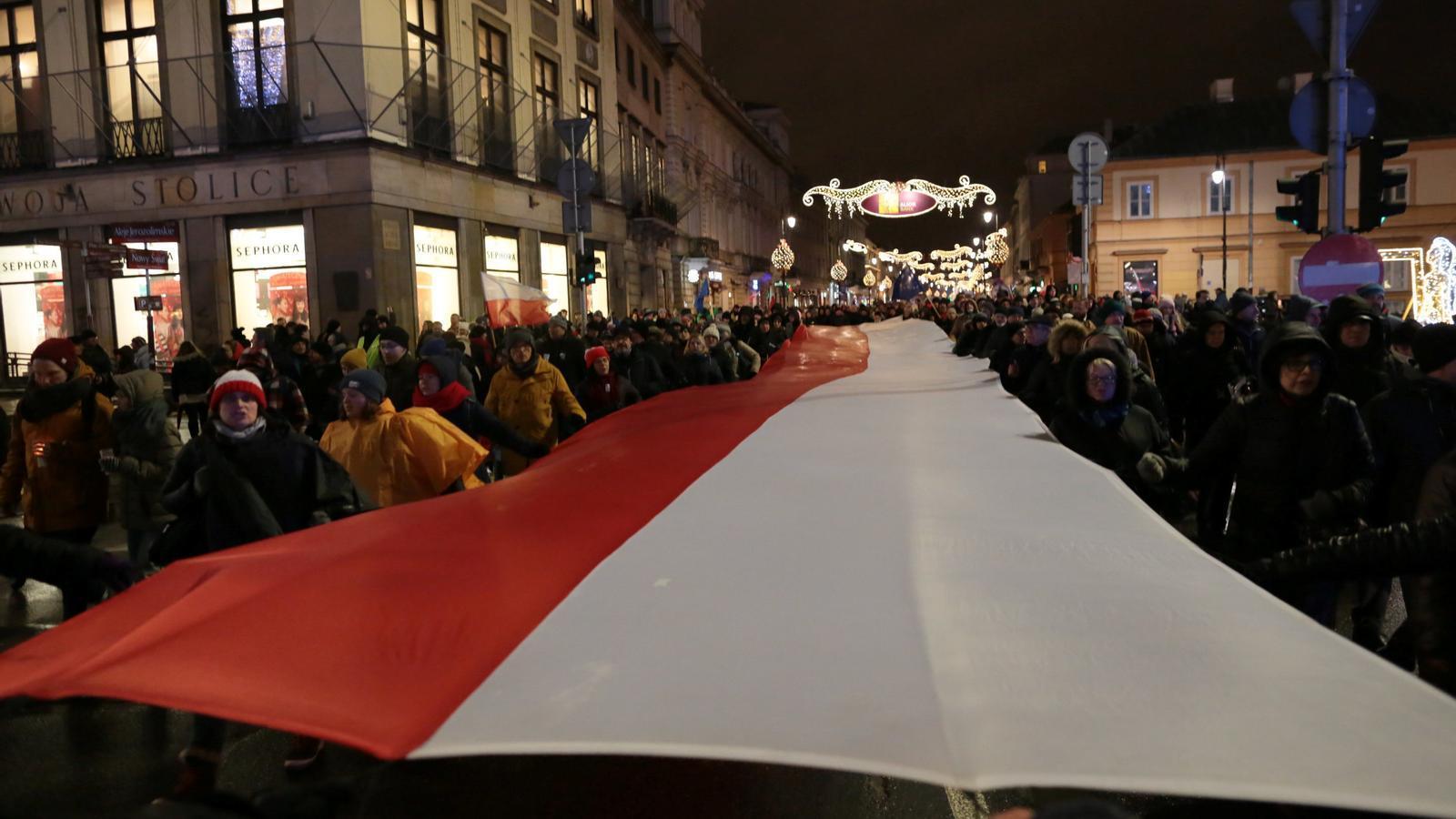 Brussel·les activa el procés per deixar sense vot Polònia a causa de la seva reforma judicial