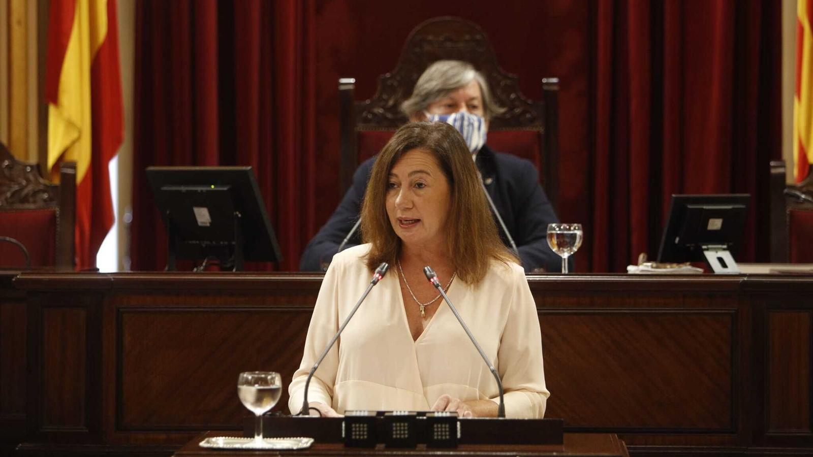 La presidenta del Govern, Francina Armengol, durant la seva intervenció en el debat de política general del Govern