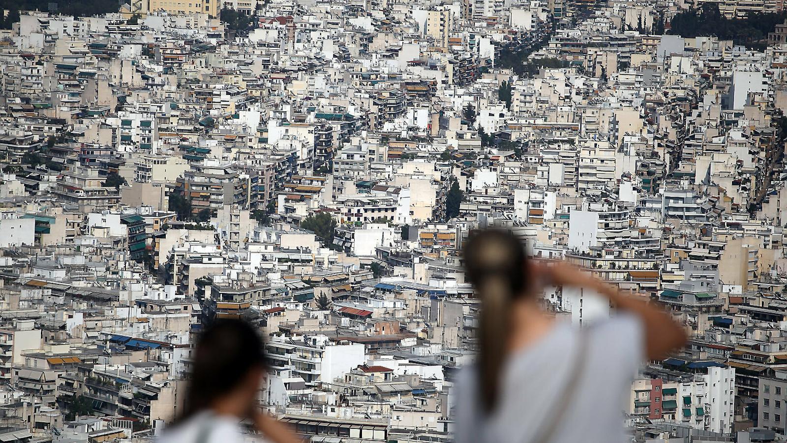 Atenes es revolta contra la plaga dels Airbnb