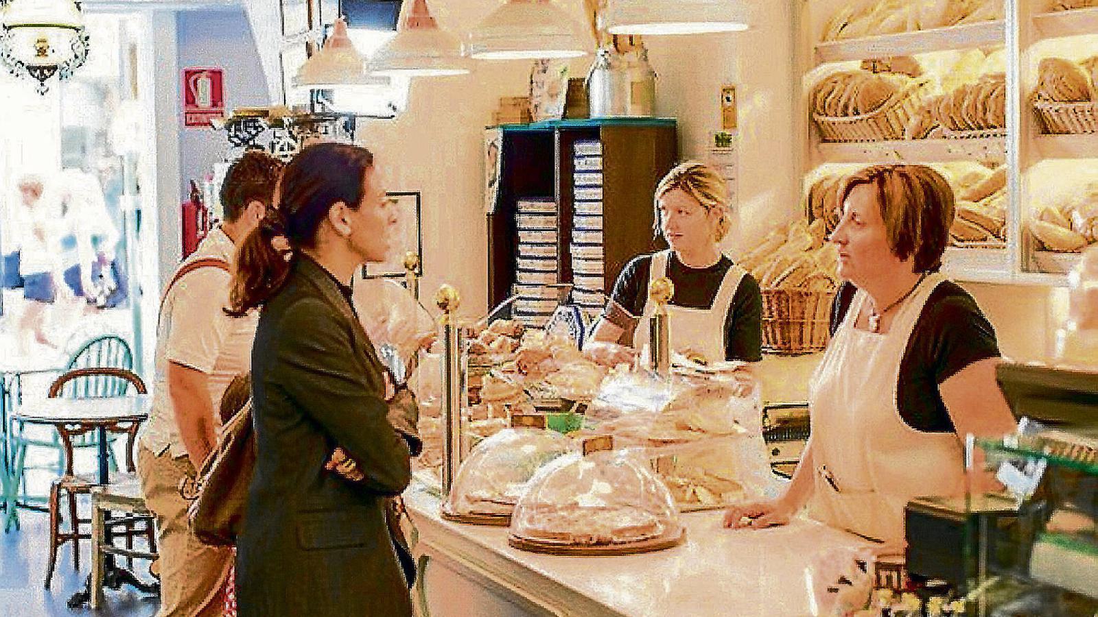 Els forns tradicionals aposten per un producte elaborat cada dia amb receptes i mètodes artesans.
