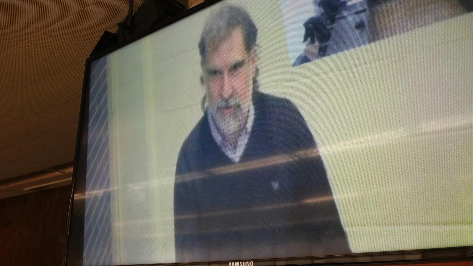 La Guardia Civil vuelve a llevar a Cuixart a juicio