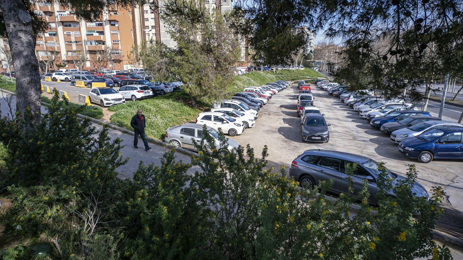 Barcelona acabarà amb els aparcaments gratuïts al carrer