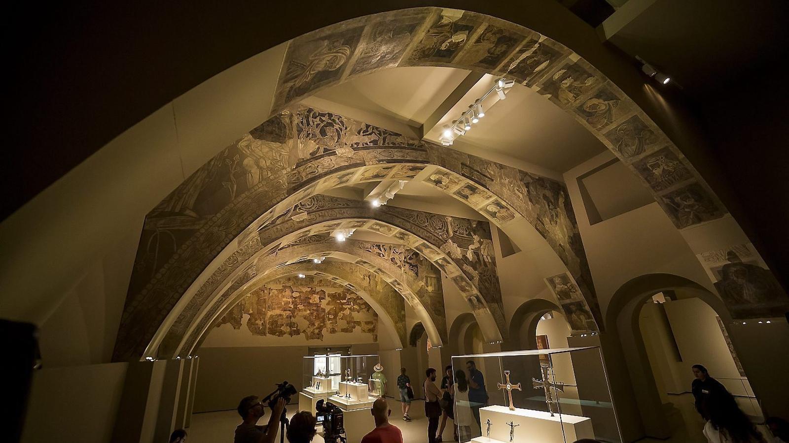 La jutge d'Osca paralitza el trasllat de les pintures de Sixena del MNAC pel risc de deteriorament