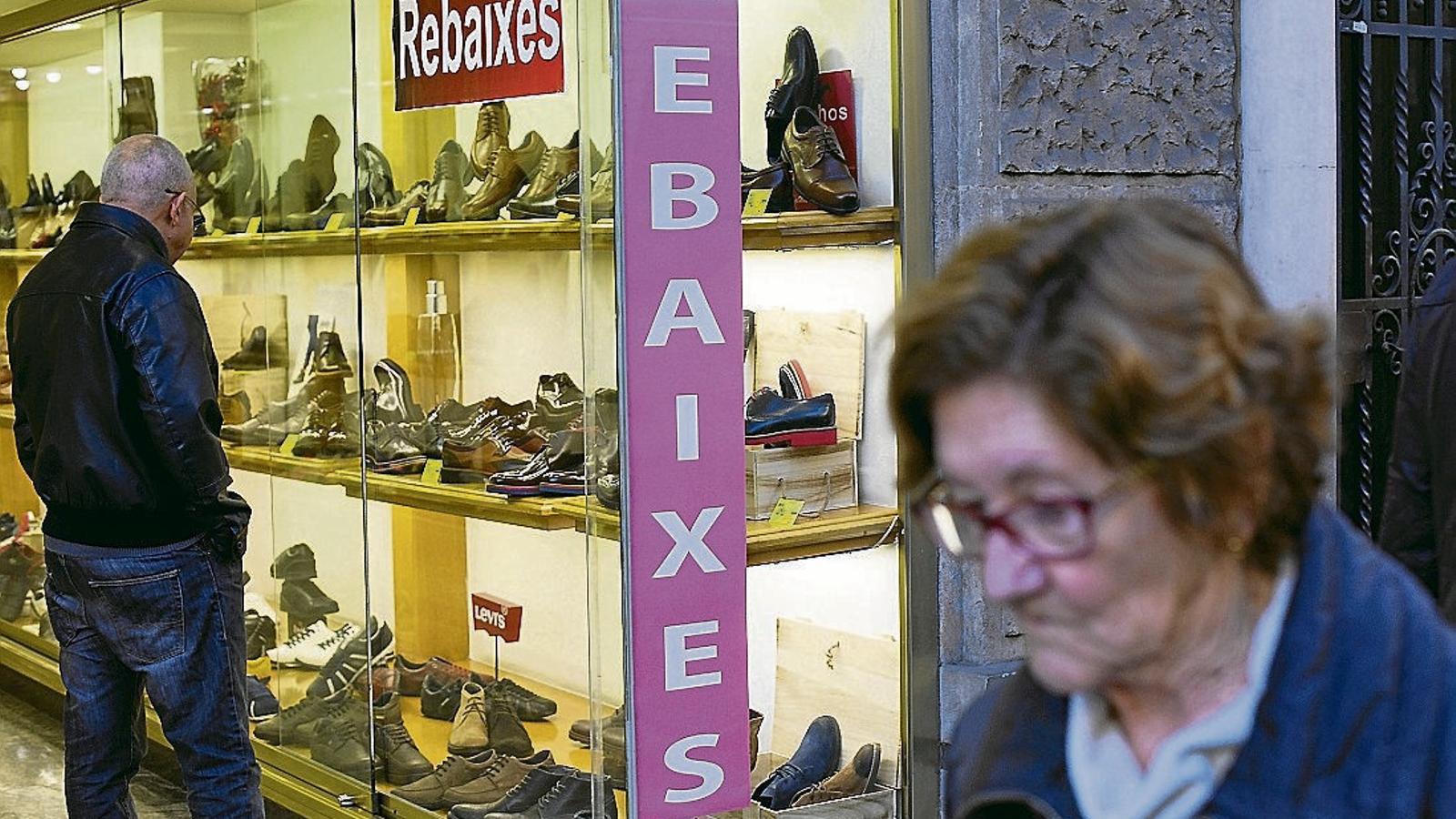 Les patronals del petit comerç destaquen que es troben en una situació complicada.