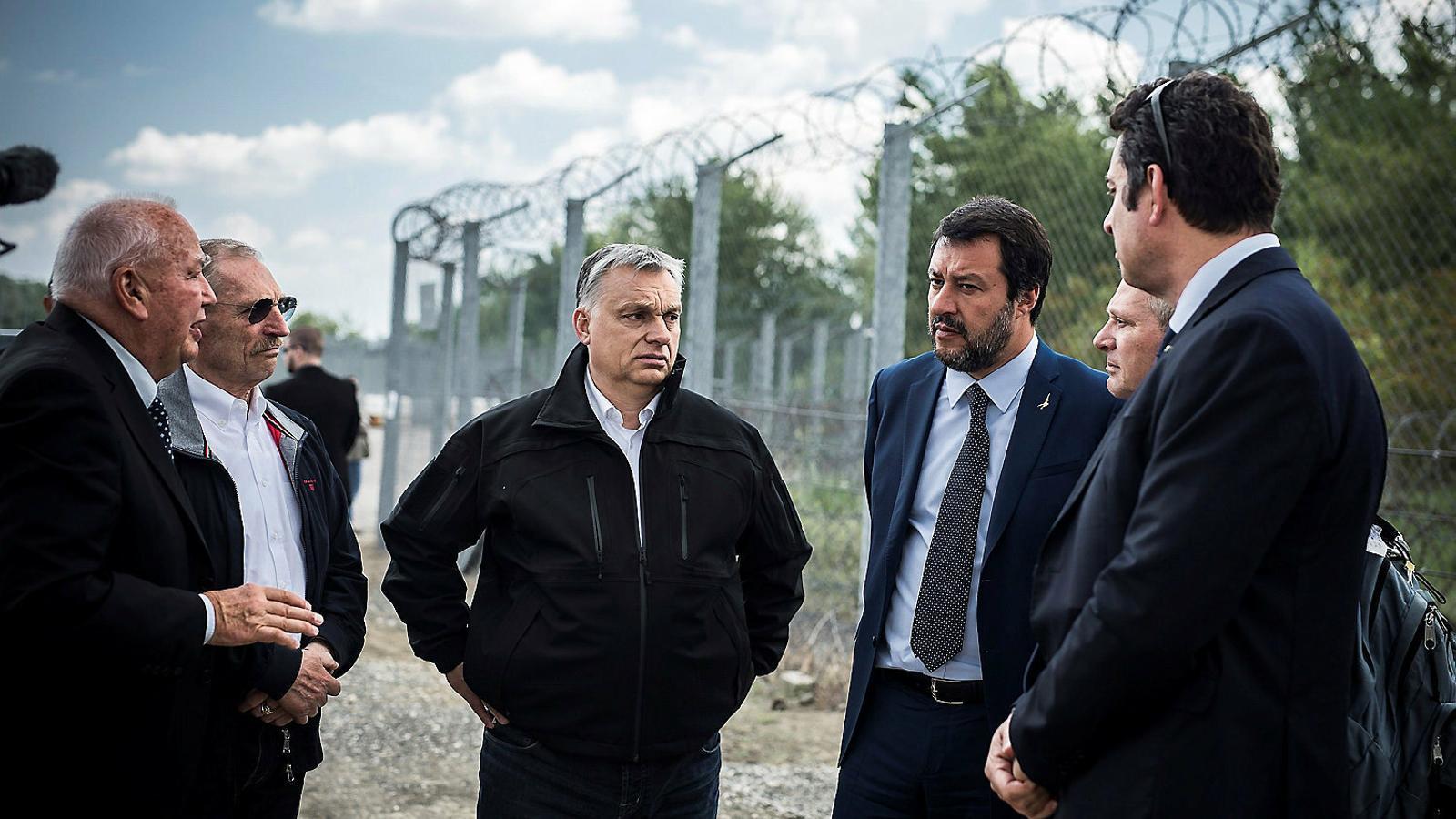 Orbán i Salvini en una visita a la frontera entre Sèrbia i Hongria.
