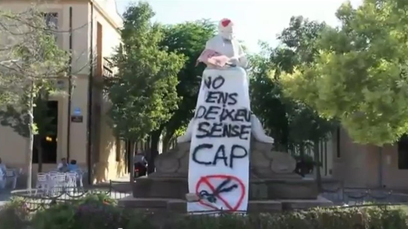 La Colònia Güell celebra amb un 'rap' la reobertura del seu CAP