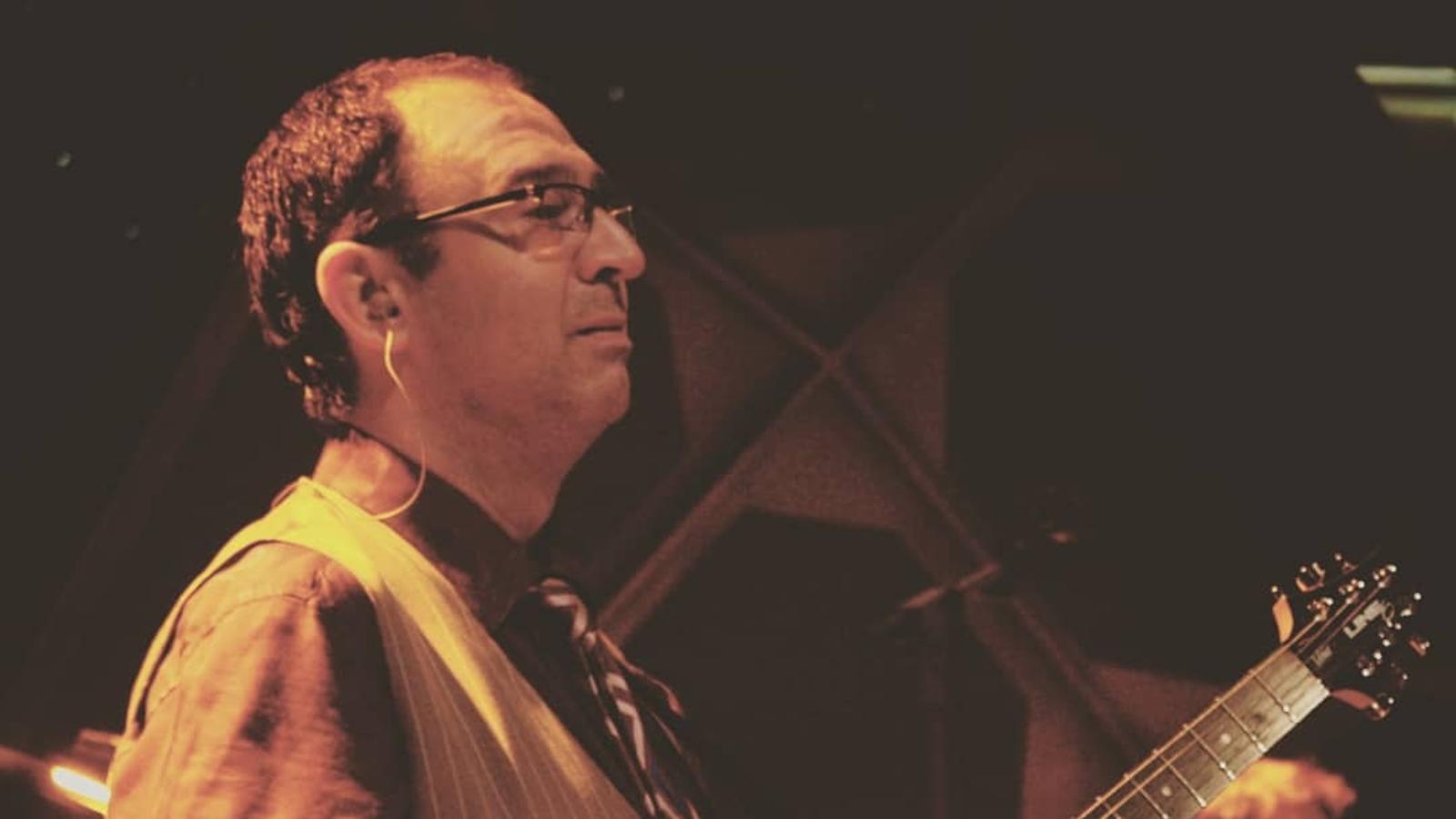 Mor el músic Joan Eloi Vila, popular per les seves aparicions amb Buenafuente
