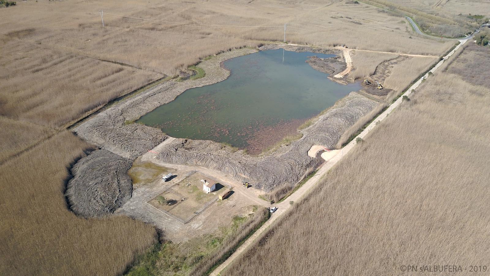 L'Albufera ja té una nova llacuna d'aigües fondes per recuperar l'estat hídric del parc