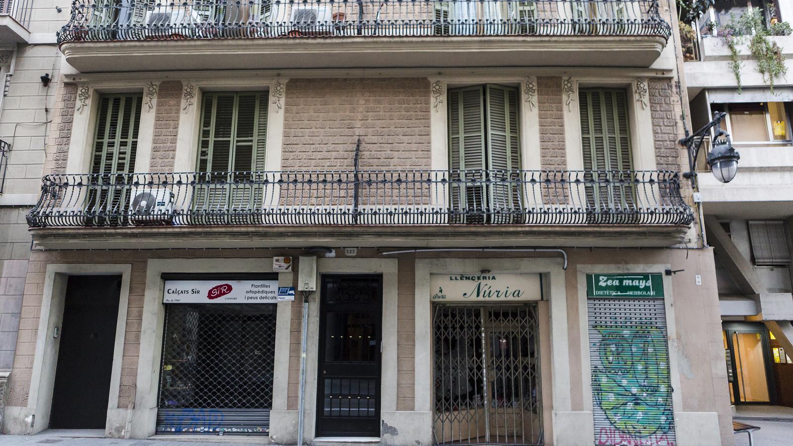Comerços tancats a causa del confinament a gran de Gràcia