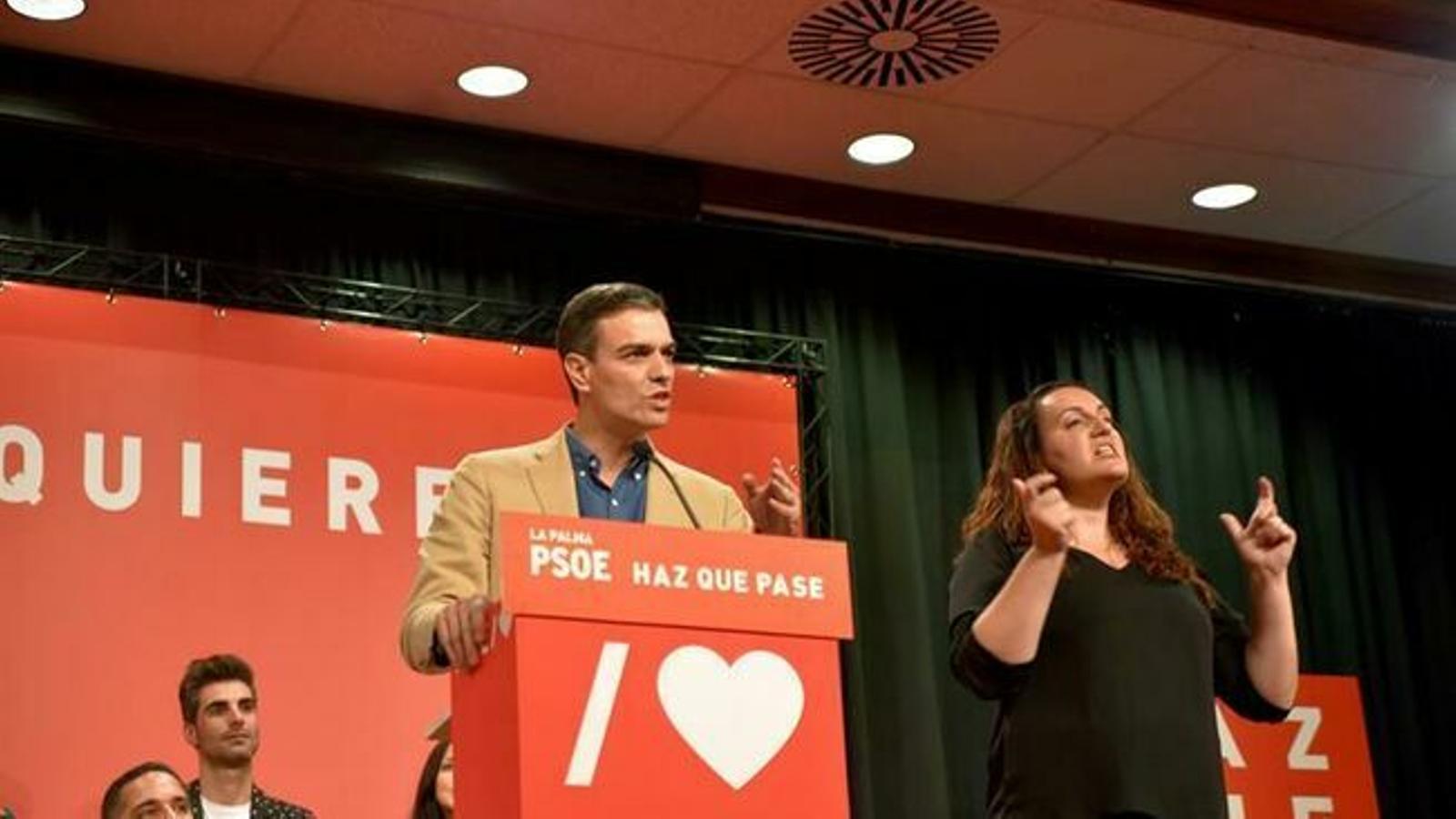 """Sánchez demana el suport dels que """"no han votat mai el PSOE"""" com a únic """"partit moderat"""""""