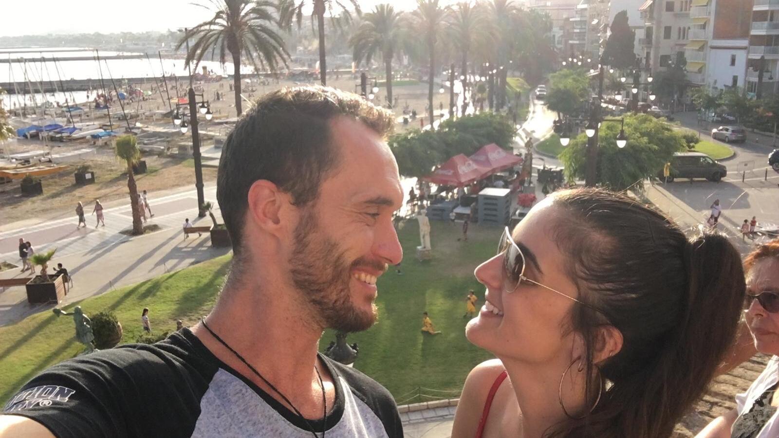 La Laura i l'Alex han hagut de viatjar fins a Sèrbia per retrobrar-se
