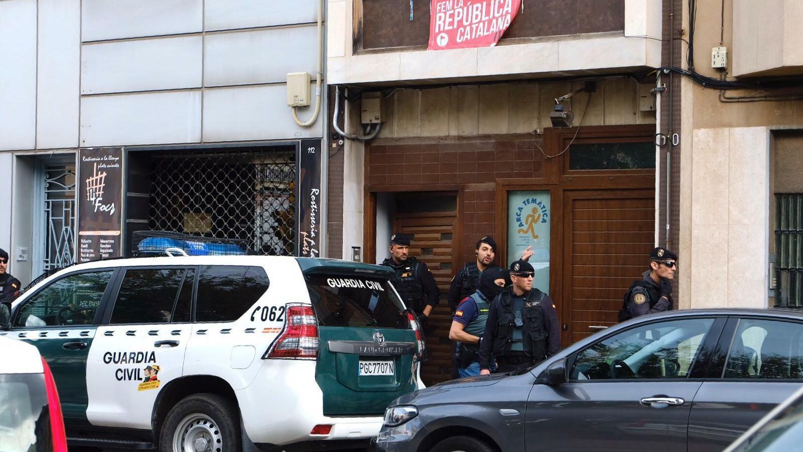 Les defenses posen en dubte la confessió dels dos membres dels CDR que haurien admès haver manipulat substàncies explosives