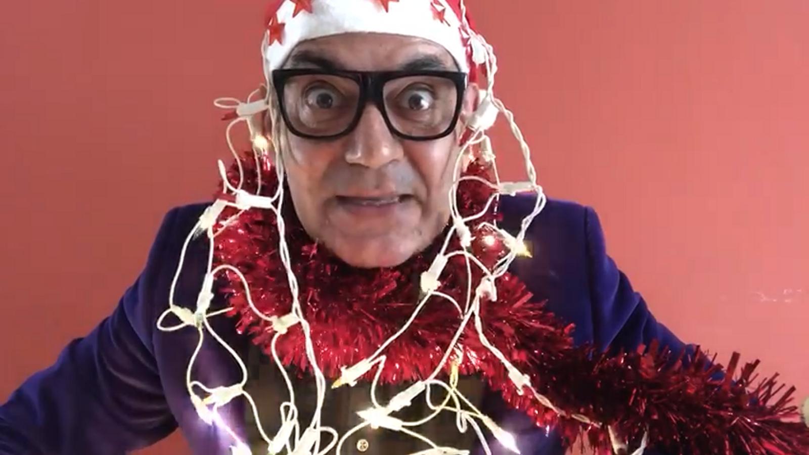Video promocional presentant l'encesa de llums de Nadal a l'Illa Carlemany, per Jose Corbacho.