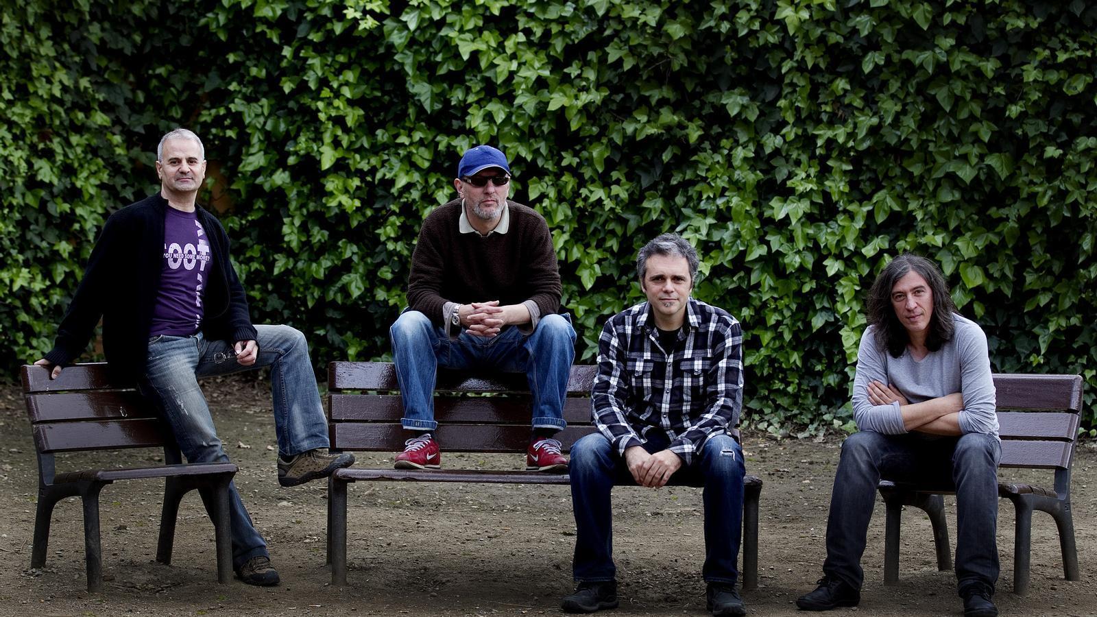 Josep Bosch, Francesc 'Cuco' Lisicic, Josep Thió i Gerard Quintana tenen moltes ganes de tornar a pujar a un escenari junts. / PERE TORDERA