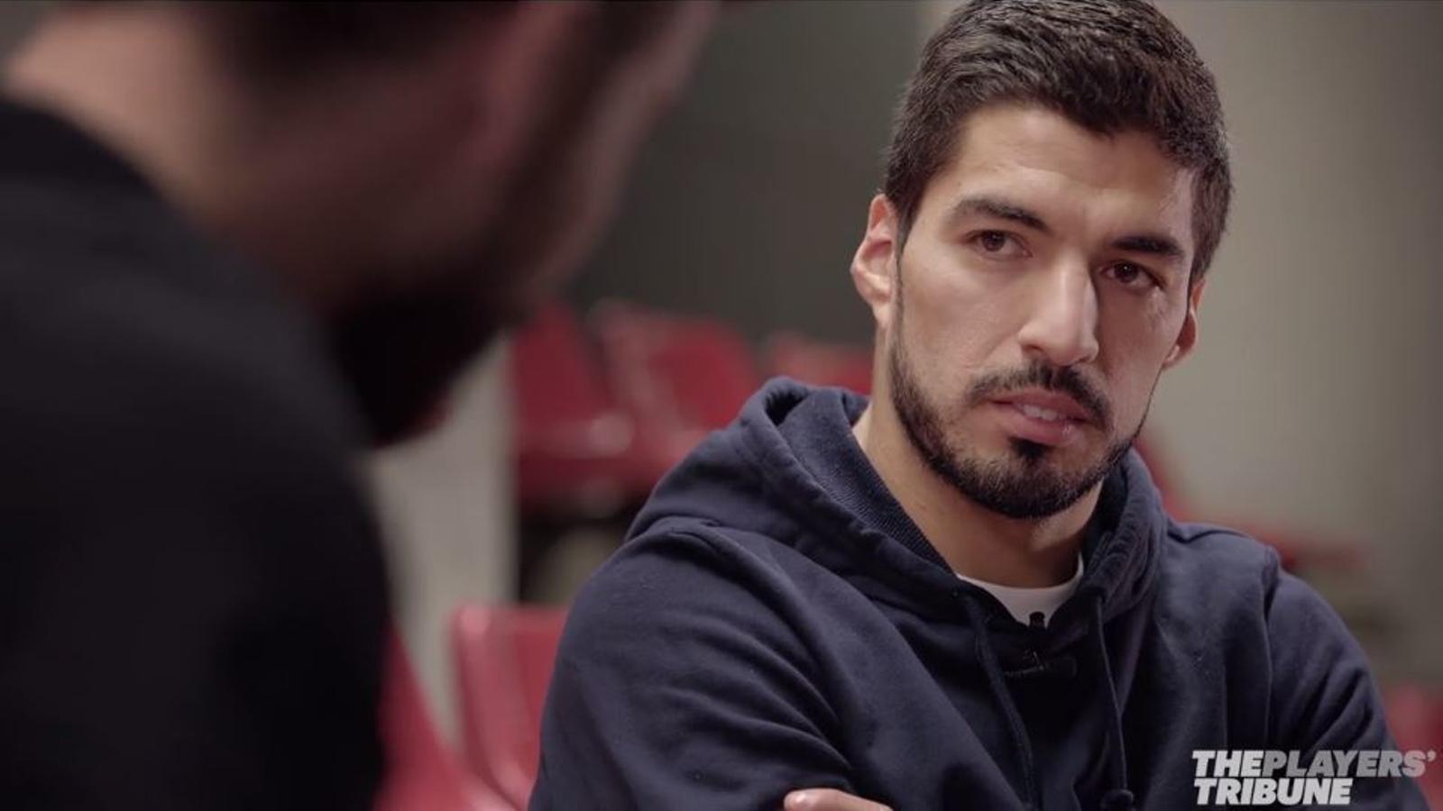 Gerard Piqué entrevista Luis Suárez
