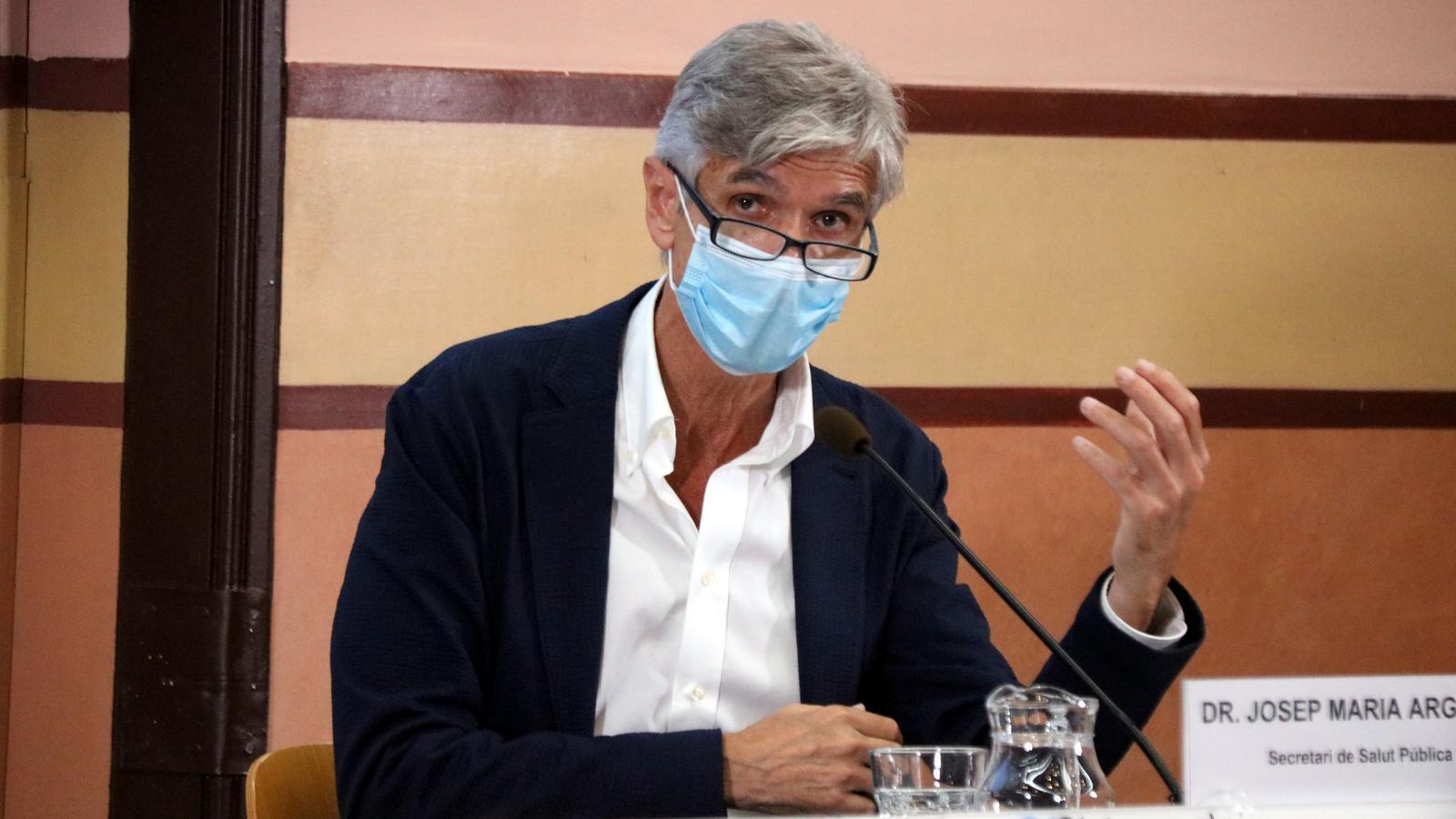 Salut tem que l'evolució del covid a Madrid desestabilitzi la corba catalana