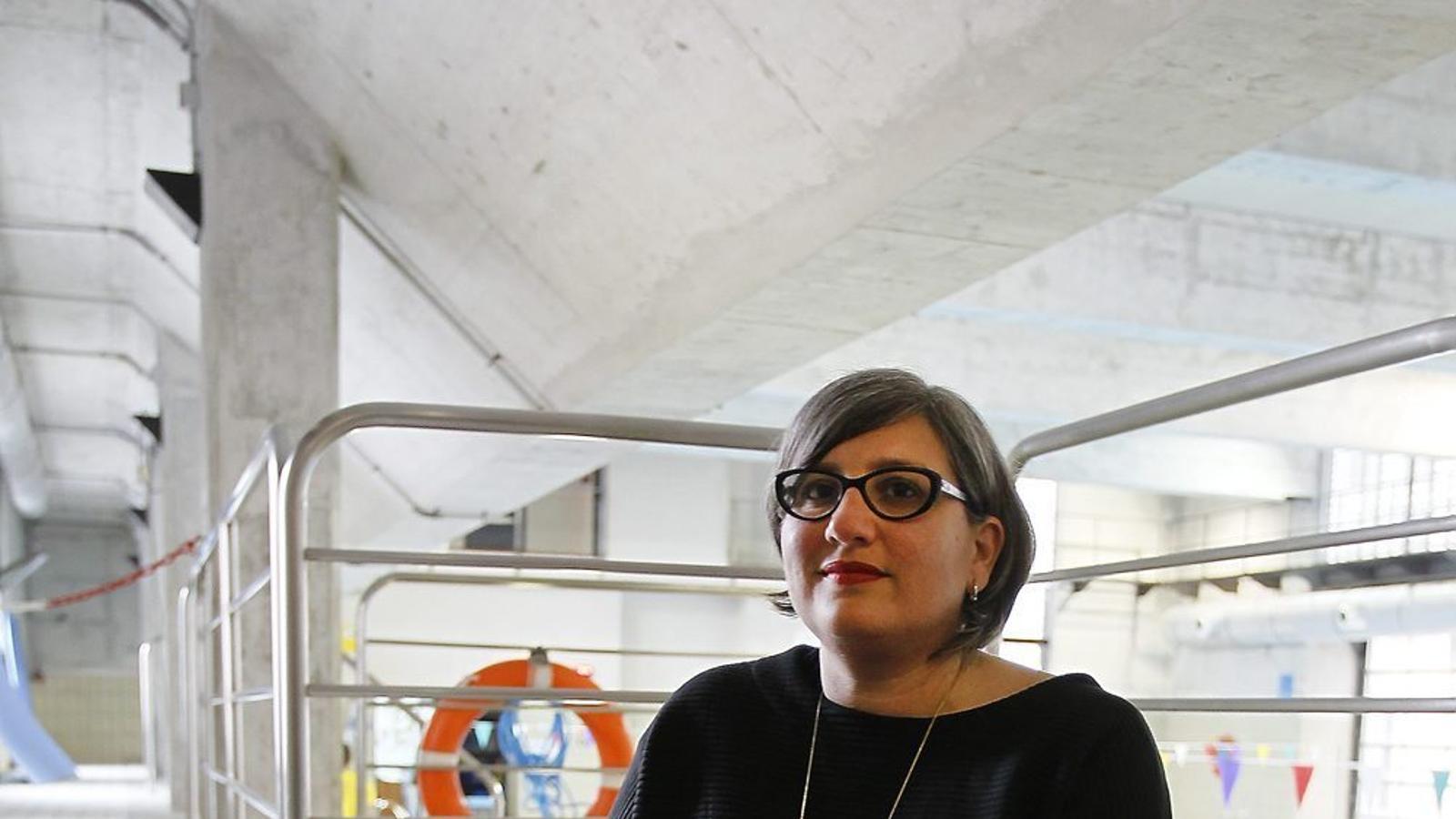 Tina Codina va triar la piscina del centre s'Estel de Palma com a marc de les   Fotografies que il·lustren aquesta entrevista.