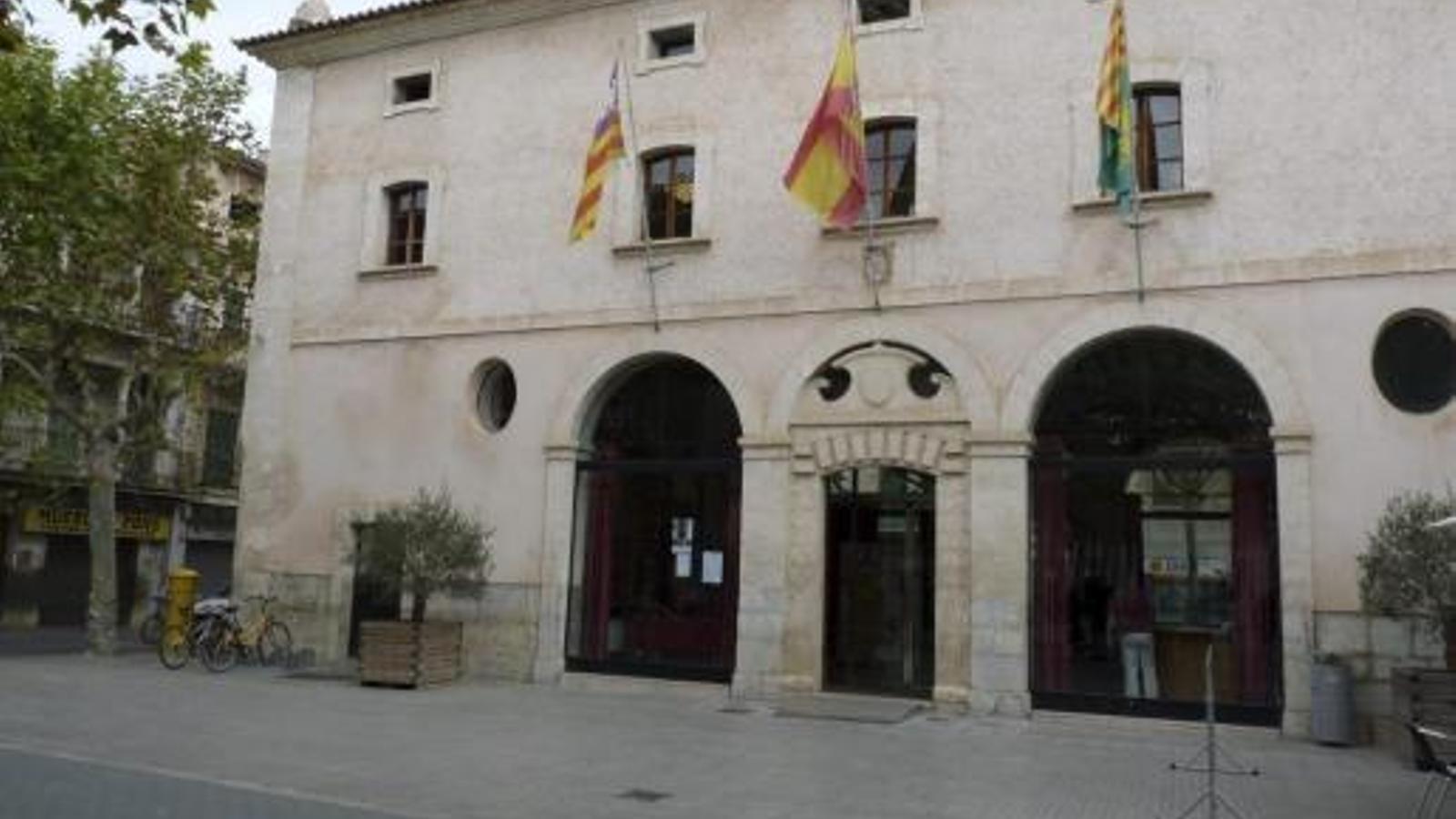 L'Ajuntament de Sa Pobla.