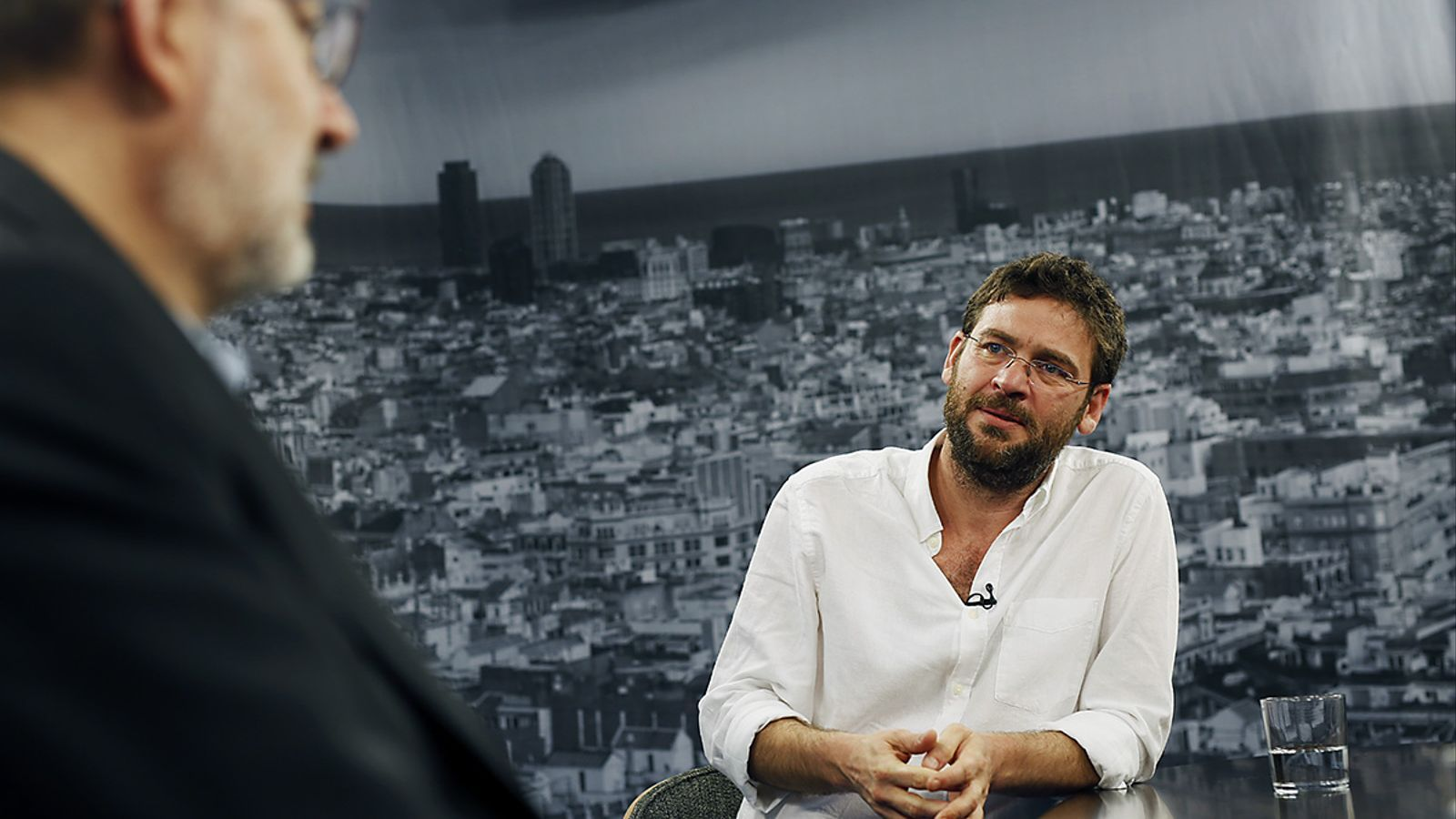 Entrevista d'Antoni Bassas a Albano Dante Fachín
