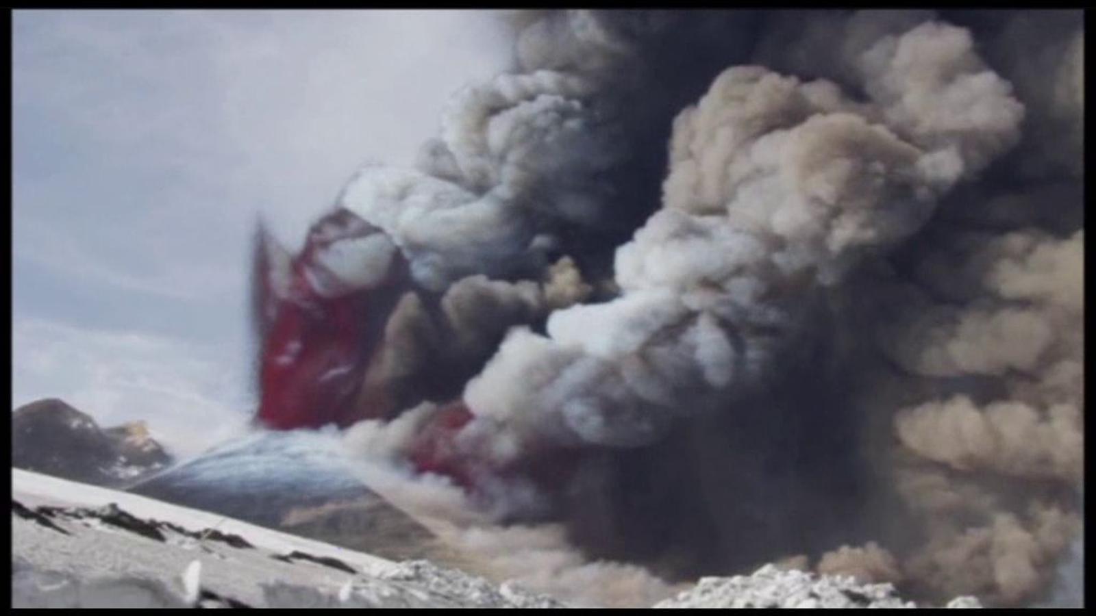 El volcà Etna entra en erupció per 24a vegada des del 2011