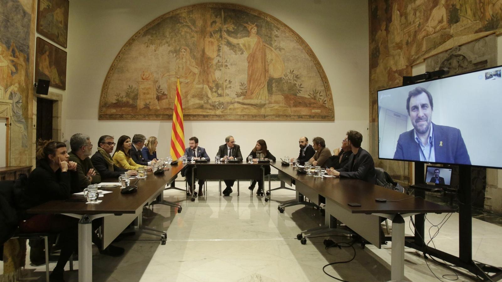 L'independentisme assoleix un consens de mínims abans de la reunió Torra-Sánchez